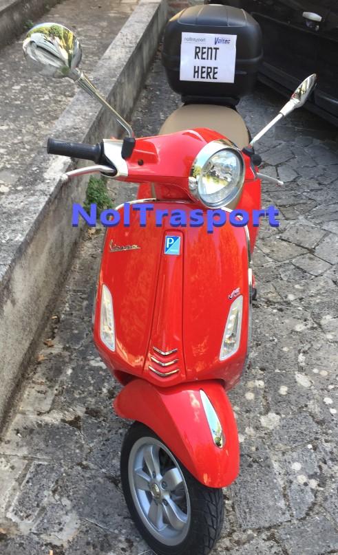 noleggio-vespa-by-noltrasport-taxi-ncc-valdorcia